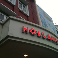 Photo taken at Holland Bakery by Viky H. on 5/26/2013