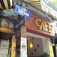 Photo taken at Cafe Hiếu by pna on 11/15/2012