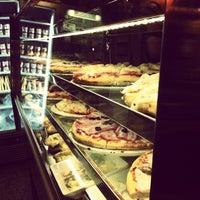 Foto tomada en La Pizza del Born por Daniel V. el 4/25/2013