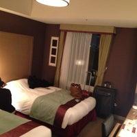 Photo taken at Hotel Monterey Akasaka by Laura D. on 4/15/2013