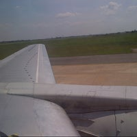 Photo taken at Gate 1 by Ismanor Fahmi I. on 3/4/2013