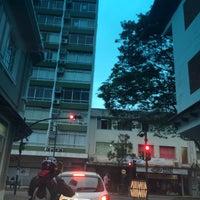 Photo taken at Rua XV de Novembro by Carlos Henrique V. on 7/13/2016