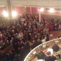 Foto tirada no(a) Sixth & I Historic Synagogue por Yasha M. em 1/19/2013