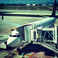 Foto tirada no(a) Aeroporto International da Cidade do Cabo (CPT) por Felicitas H. em 2/22/2013