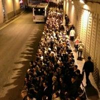 3/14/2013 tarihinde Seda A.ziyaretçi tarafından Zincirlikuyu Metrobüs Durağı'de çekilen fotoğraf