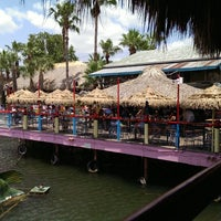 Photo prise au Hula Hut par Mark C. le6/20/2013