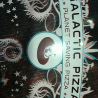 Photo prise au Galactic Pizza par Shannie B. le1/6/2013
