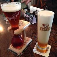 Foto diambil di OneMore Pub oleh Alex Z. pada 7/26/2013