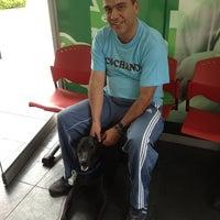 Photo taken at Pet Express by Esteban Gómez E. on 3/23/2013