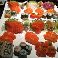 Foto tirada no(a) Kaizen Japanese Food 改善 por Flávia O. em 4/18/2013