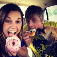 Photo taken at Dunkin Donuts & Baskin Robbins by Traci J. on 6/4/2016