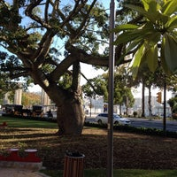 Foto diambil di Plaza de la Marina oleh Franky N. pada 11/18/2014