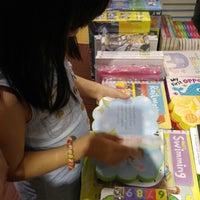 Photo taken at Books Kinokuniya by nathalie_hr on 9/17/2016
