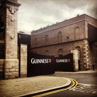 2/24/2013 tarihinde Mikhail L.ziyaretçi tarafından Guinness Storehouse'de çekilen fotoğraf