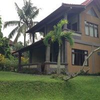 Photo taken at Wenara Bali Bungalow by Artem L. on 2/19/2013
