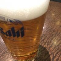 Photo taken at Irish Pub Stasiun (スタシェーン) 上野駅店 by 筋 肉. on 2/9/2017