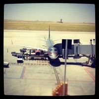 6/6/2013 tarihinde Fidel J.ziyaretçi tarafından Erbil Uluslararası Havalimanı (EBL)'de çekilen fotoğraf
