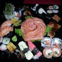 Photo taken at Sushi Tsuru by Marcio M. on 9/30/2012