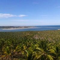 Foto tirada no(a) Mirante da Praia do Gunga por Angelo D. em 4/15/2013
