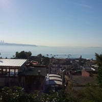 Photo taken at Antique Hostel & Guesthouse Istanbul by Dilek D. on 9/14/2016
