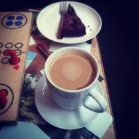 Das Foto wurde bei Cafe Rozrusznik von Ko Z. am 4/7/2013 aufgenommen