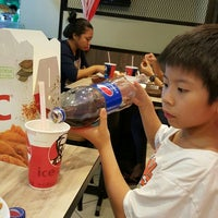 Photo taken at KFC by Eddie Y. on 9/23/2015