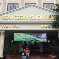 Photo taken at Saigon Suoinhum by Huynh B. on 10/21/2016