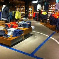 3/15/2013 tarihinde Olga A.ziyaretçi tarafından Nike'de çekilen fotoğraf