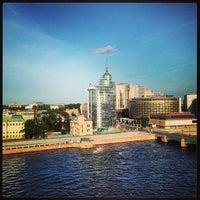7/13/2013 tarihinde Натали🍓ziyaretçi tarafından Москва City'de çekilen fotoğraf