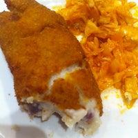 Foto tomada en Restaurante Los Manueles por Rafael B. el 11/9/2013