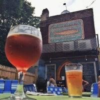 Foto tirada no(a) American Sardine Bar por Andy O. em 7/10/2014
