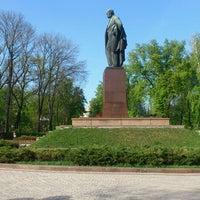 Снимок сделан в Парк им. Т. Г. Шевченко пользователем Елена К. 5/2/2013