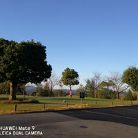 Photo taken at Kobe Pine Woods Golf Club by Harley X. on 11/12/2017