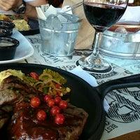 Foto tomada en Black Pepper Steakhouse por Fede S. el 8/9/2014