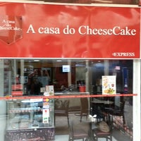 Photo taken at A Casa do Cheesecake by Pedro M. on 6/8/2013