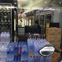Photo taken at ร้านลักษณา. by qhaii on 4/11/2017
