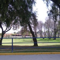 Photo taken at Parque Recreativo El Ameyal by Vc K. on 5/26/2014
