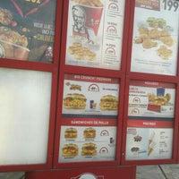 Photo taken at Kentucky Fried Chicken KFC by Patylu on 8/19/2015