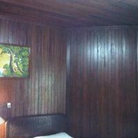 Photo taken at OCTAGON Room, Jl. Cendrawasih SP II, Timika by Adelbert Michael on 2/13/2013