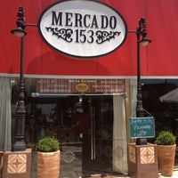 Foto tirada no(a) Mercado 153 por Sérgio G. em 10/4/2012
