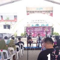 Photo taken at Dataran Panggung Seni UKM by ohh y. on 4/23/2017