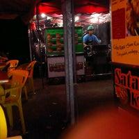 Photo taken at Burgermbira by Idzwan F. on 9/17/2012