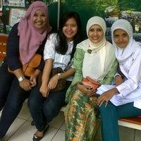 Photo taken at SMAN 98 Jakarta by Novia arifiyanti P. on 5/3/2013