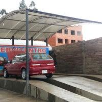 Foto tirada no(a) Lavadora y Lubricadora Chaya por Esteban B. em 8/1/2013