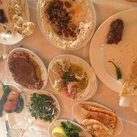 5/18/2013 tarihinde Emre P.ziyaretçi tarafından Kuzeytepe Nuri Restaurant'de çekilen fotoğraf