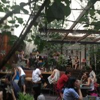 7/17/2013 tarihinde Cesar C.ziyaretçi tarafından La Tita Rivera'de çekilen fotoğraf