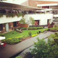 Foto tomada en Centro Comercial Andares por Jhooe M. el 6/25/2013