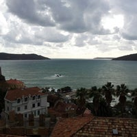 11/30/2012 tarihinde Sascha K.ziyaretçi tarafından Gradska kafana'de çekilen fotoğraf