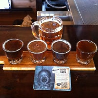 Photo taken at Diamond Knot Brewery & Alehouse by Ni K. on 4/22/2013