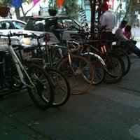 Foto tomada en La Procedencia por Evelyn F. el 10/21/2012